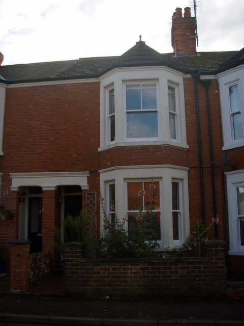 My Terraced House Is In Wolverton, An Old Railway Town On The Edge Of  Milton Keynes. It Is A Mid Terrace, Built In 1905 And Has Two Bedrooms.